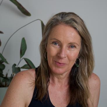 yin yoga melbourne leonie lockwood
